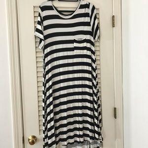 Gently worn classic striped Carly, XL.